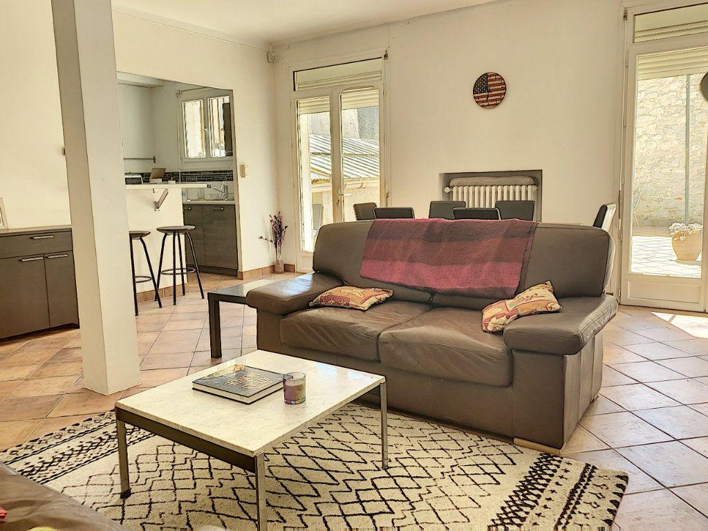 Appartement à vendre 3 92.73m2 à Avignon vignette-10