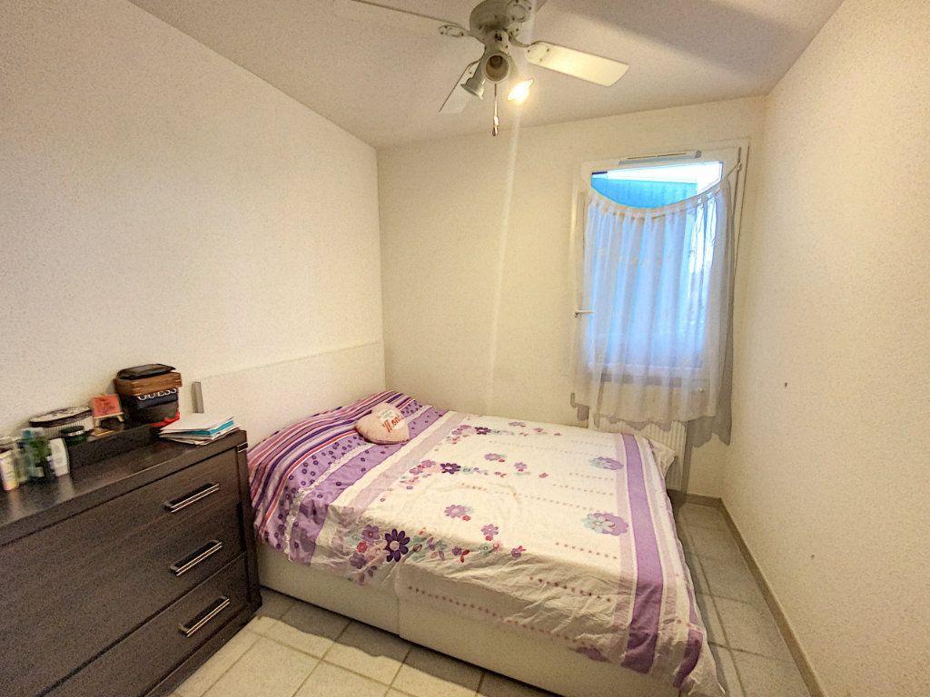 Appartement à vendre 3 72m2 à Morières-lès-Avignon vignette-5
