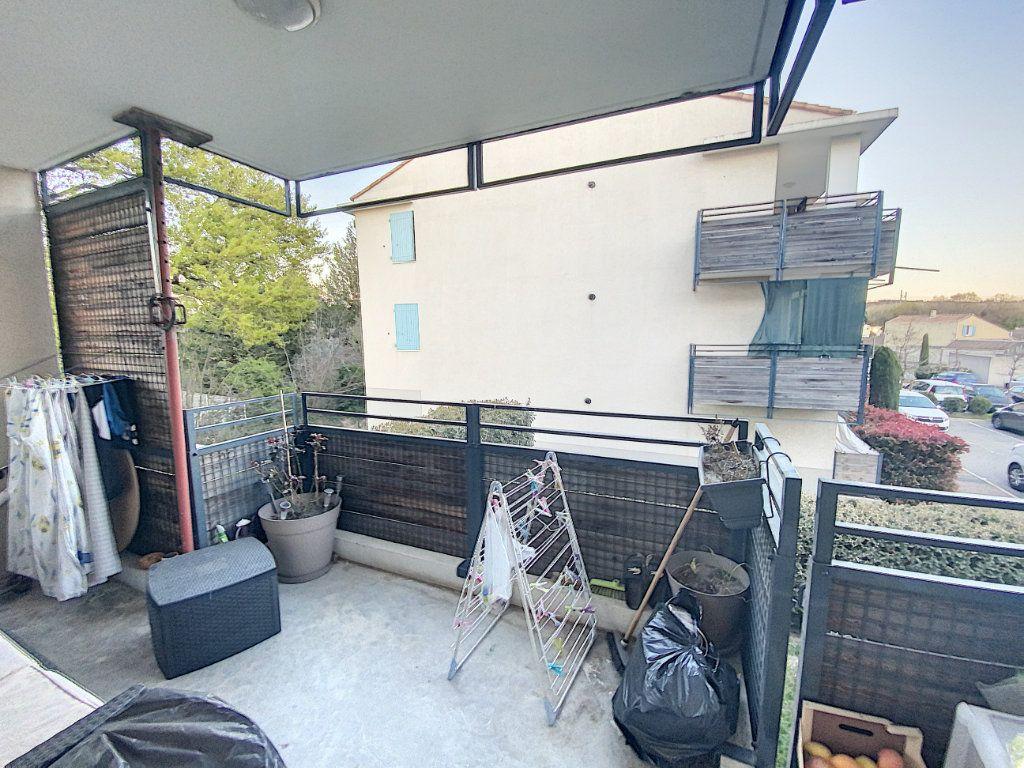 Appartement à vendre 3 72m2 à Morières-lès-Avignon vignette-8