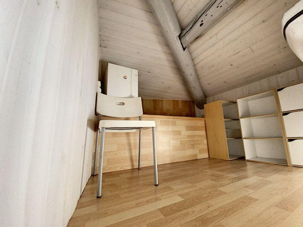 Immeuble à vendre 0 53m2 à Avignon vignette-8
