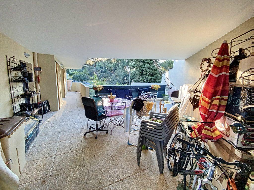 Appartement à vendre 3 62m2 à Montfavet - Avignon vignette-4