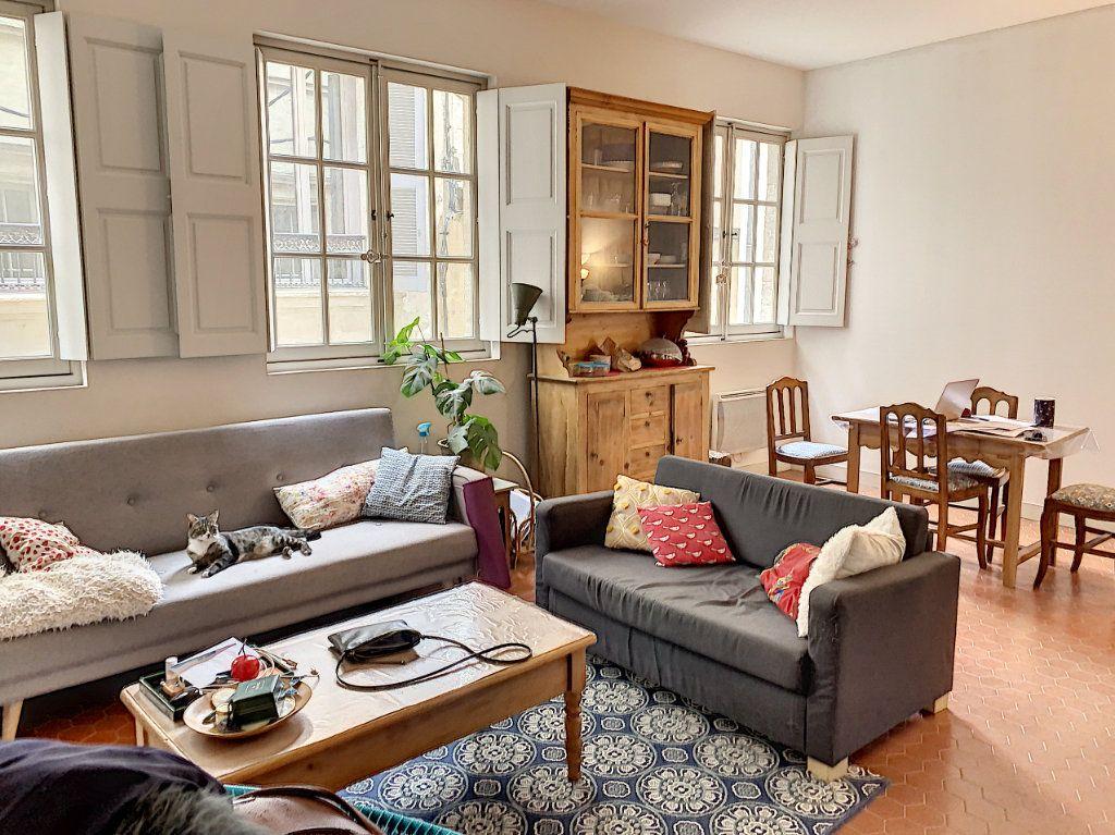 Appartement à vendre 3 90.71m2 à Avignon vignette-2