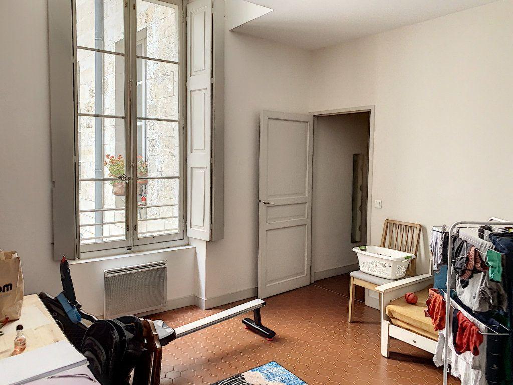 Appartement à vendre 3 90.71m2 à Avignon vignette-7