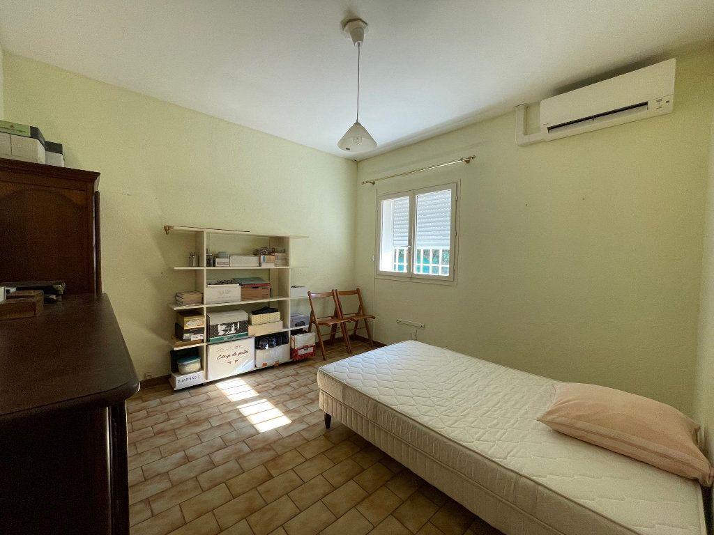 Maison à vendre 4 115m2 à Villeneuve-lès-Avignon vignette-7