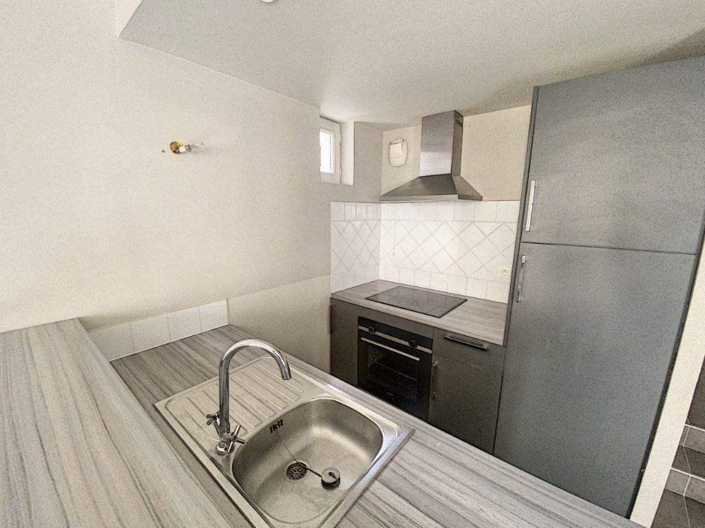 Appartement à vendre 3 67.65m2 à Avignon vignette-9