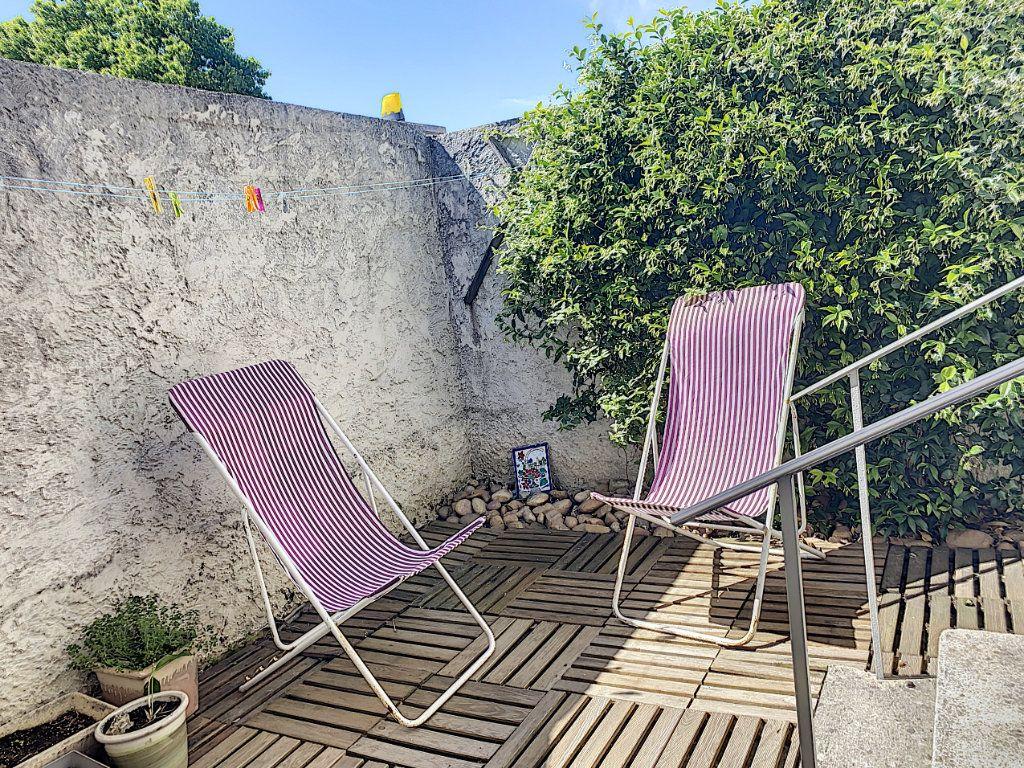 Maison à vendre 4 85m2 à Montfavet - Avignon vignette-2