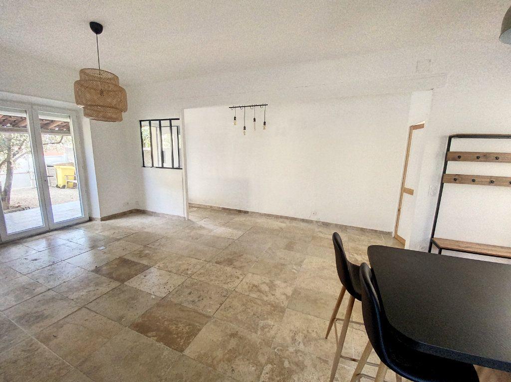 Maison à vendre 3 82.5m2 à Montfavet - Avignon vignette-4
