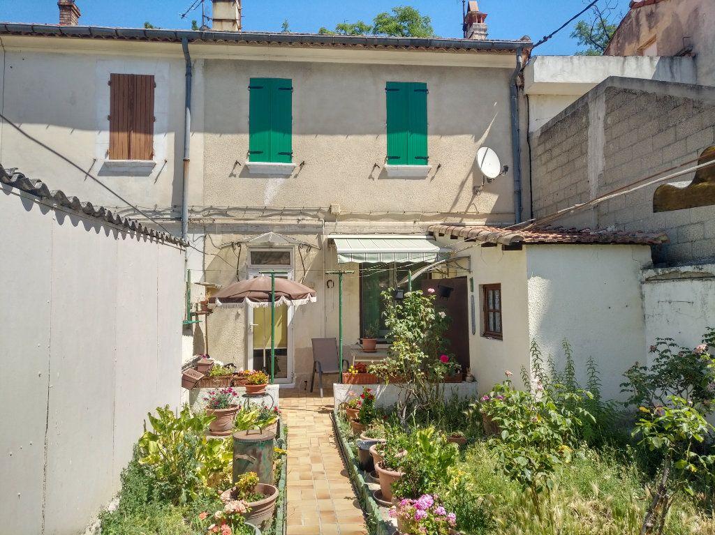 Maison à vendre 3 64m2 à Avignon vignette-2