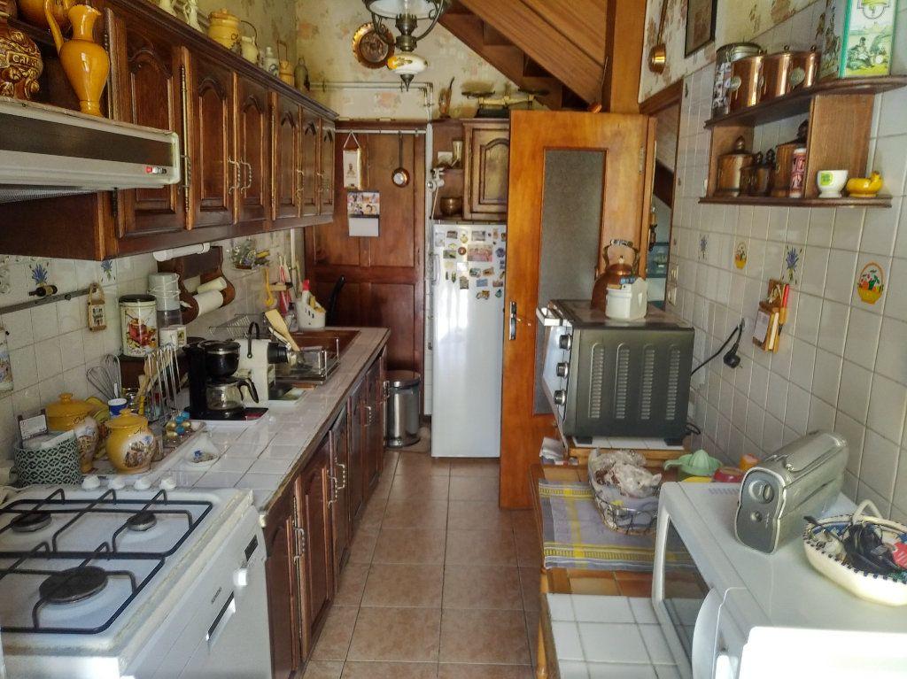 Maison à vendre 3 64m2 à Avignon vignette-6
