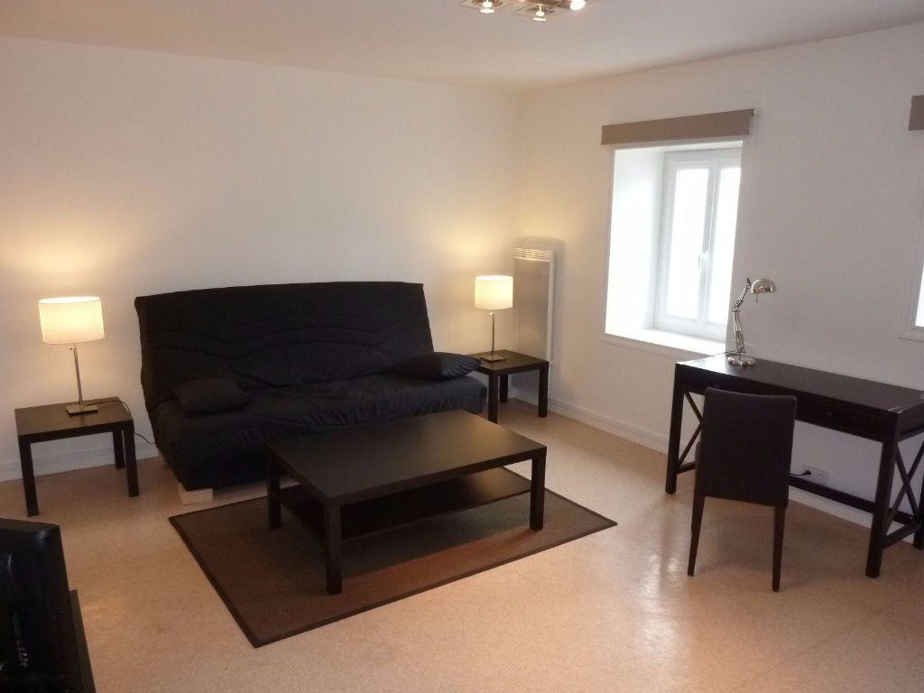 Appartement à louer 1 32.16m2 à La Rochelle vignette-2