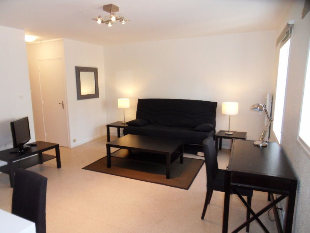 Appartement à louer 1 32.16m2 à La Rochelle vignette-4