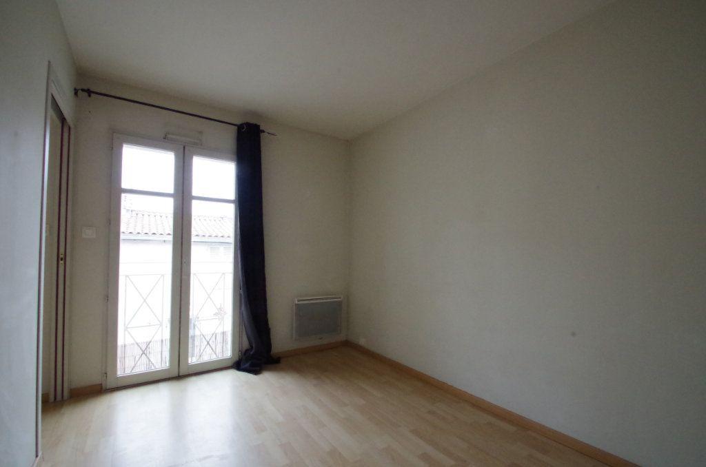 Appartement à louer 2 36.82m2 à La Rochelle vignette-6