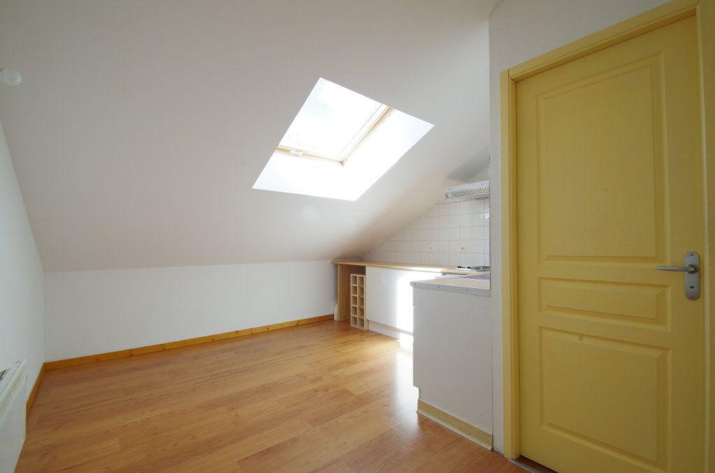 Appartement à louer 1 19.61m2 à La Rochelle vignette-2