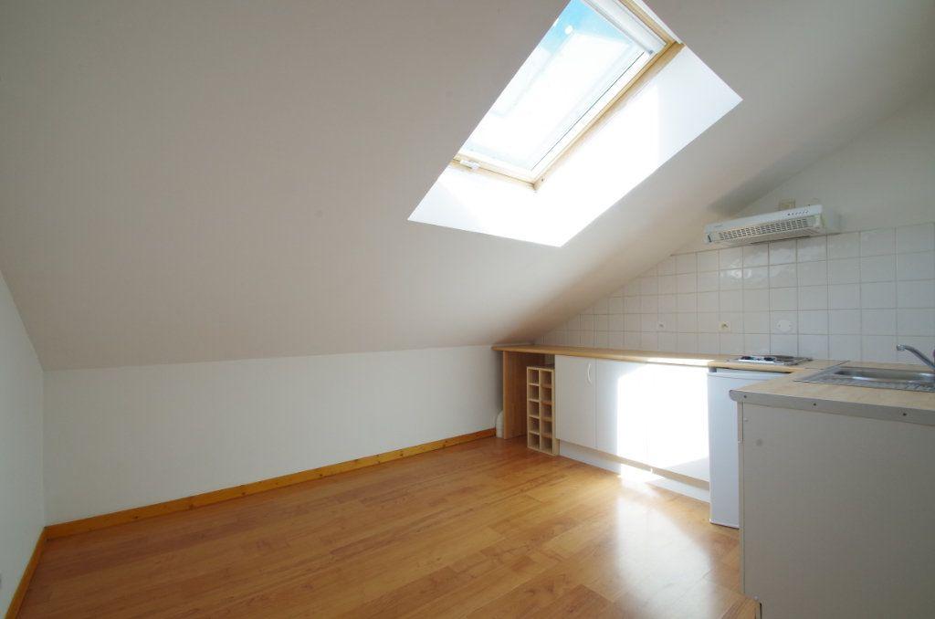 Appartement à louer 1 19.61m2 à La Rochelle vignette-3