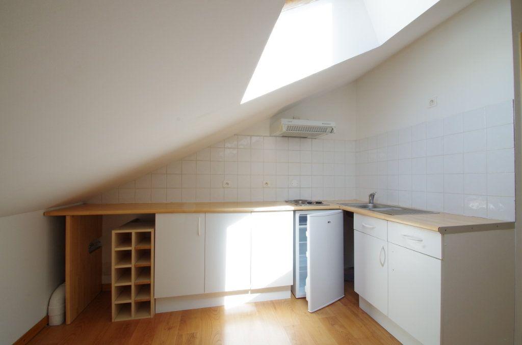 Appartement à louer 1 19.61m2 à La Rochelle vignette-4