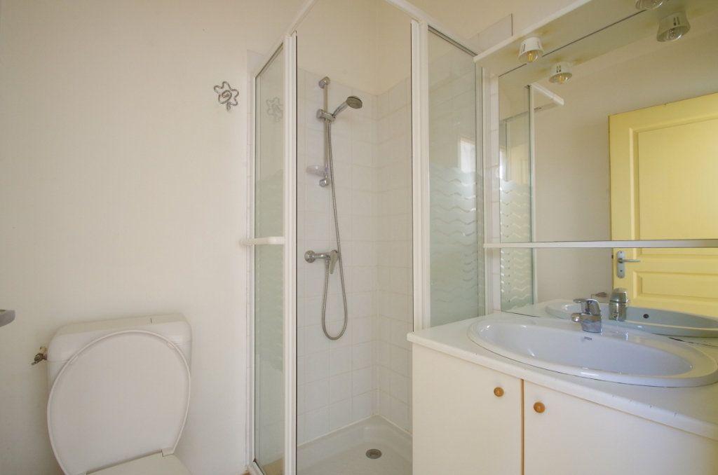 Appartement à louer 1 19.61m2 à La Rochelle vignette-5
