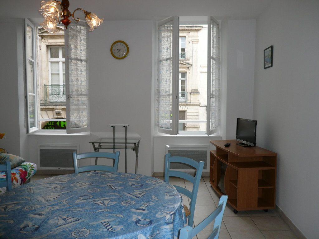 Appartement à vendre 2 40.11m2 à La Rochelle vignette-1