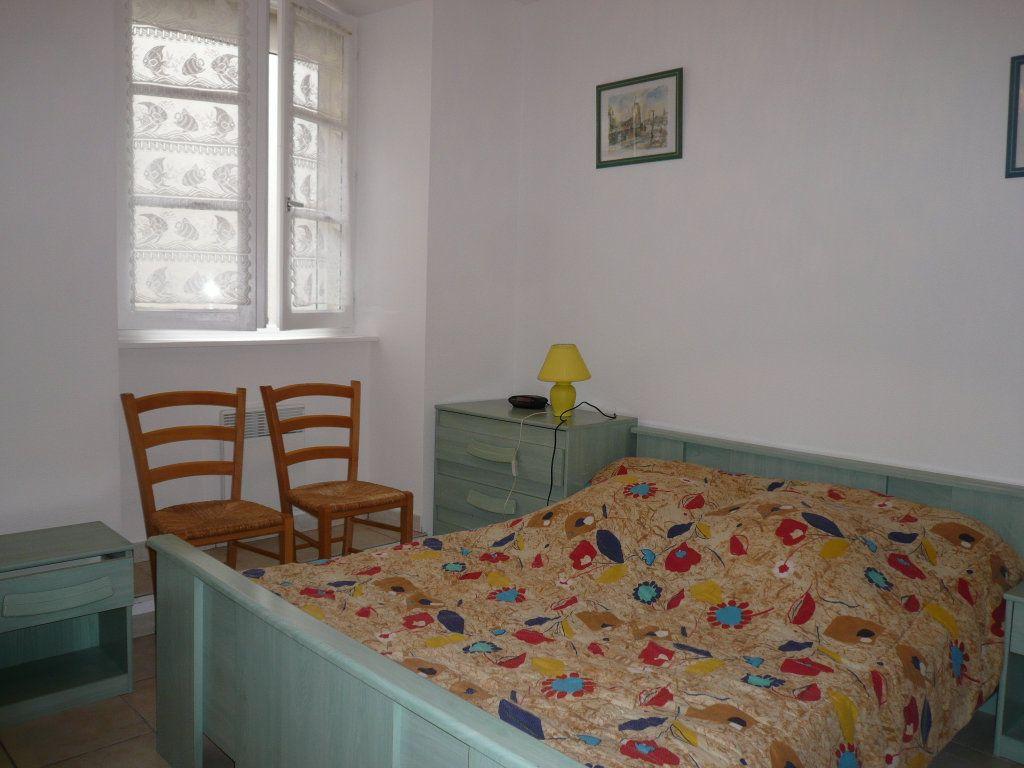 Appartement à vendre 2 40.11m2 à La Rochelle vignette-5