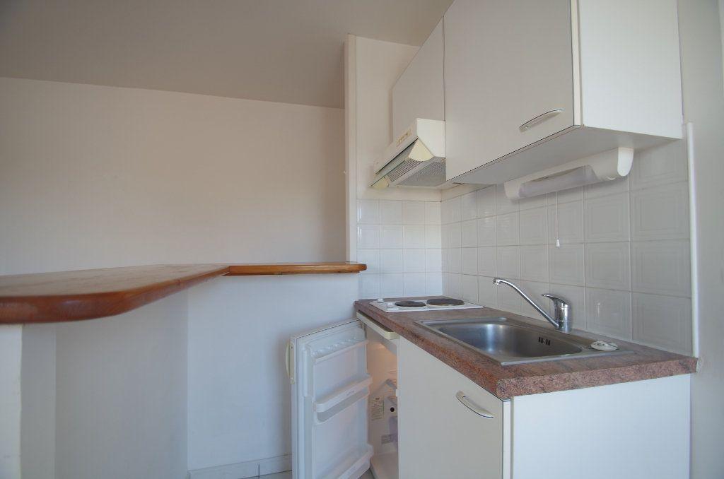 Appartement à vendre 2 38.55m2 à La Rochelle vignette-2