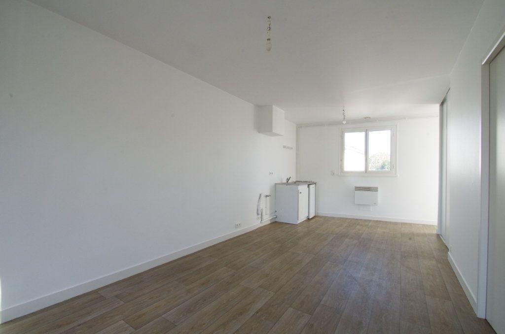 Appartement à louer 2 36.46m2 à Angoulins vignette-3