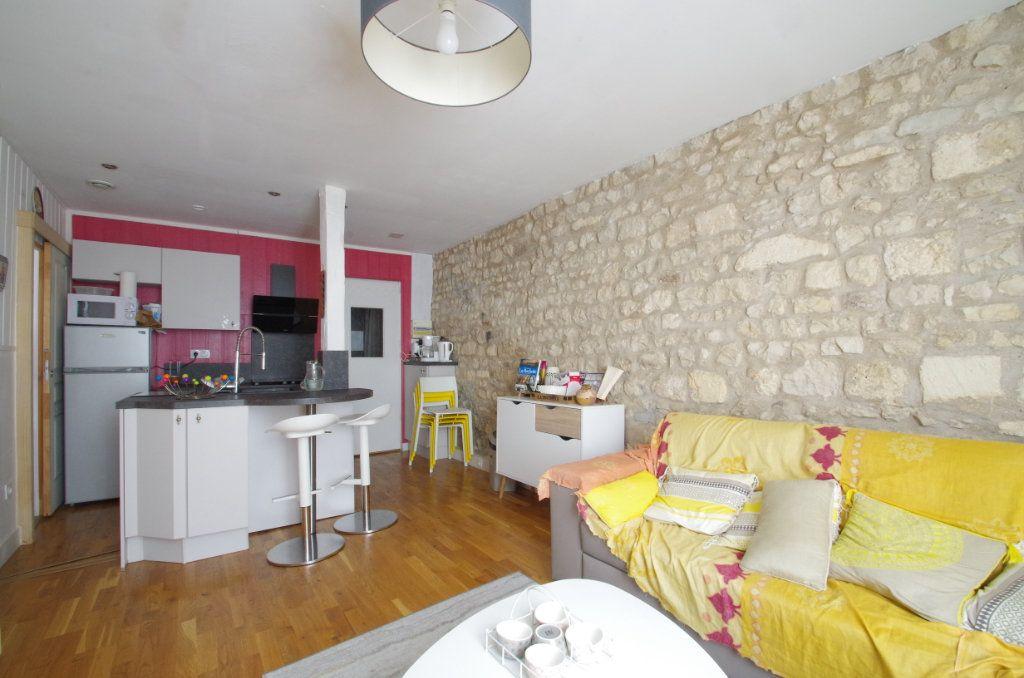 Appartement à vendre 2 38.3m2 à La Rochelle vignette-3
