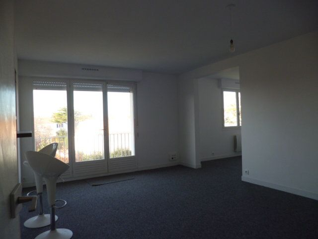 Appartement à vendre 3 80m2 à La Rochelle vignette-4