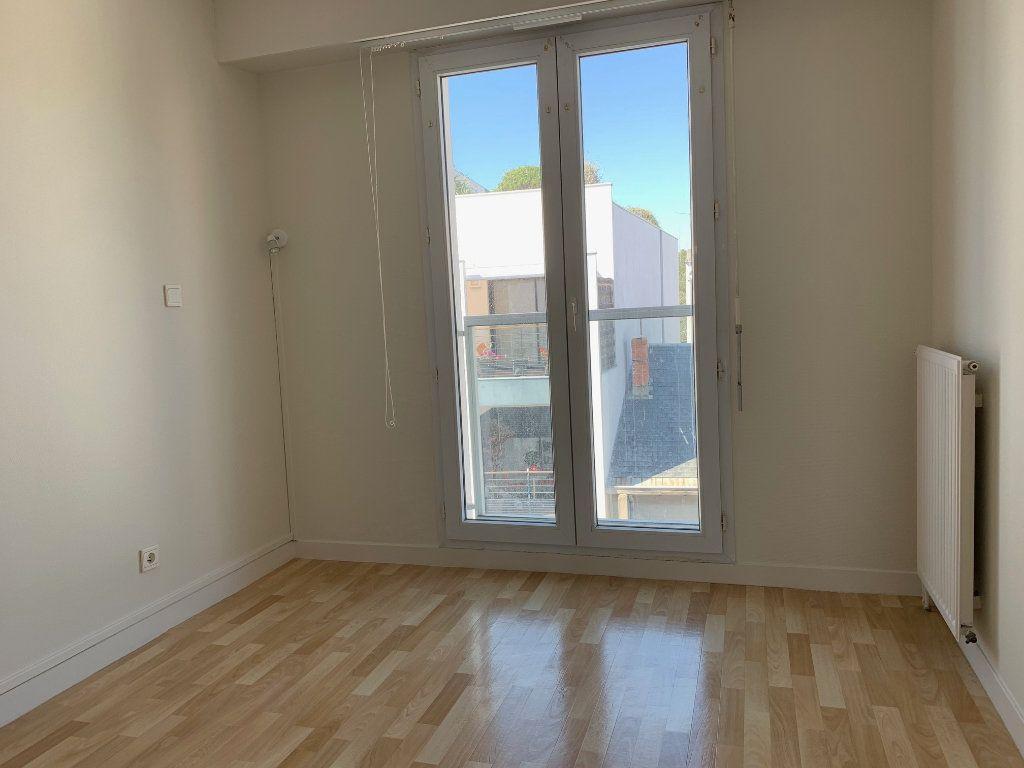 Appartement à vendre 3 66.48m2 à La Rochelle vignette-11