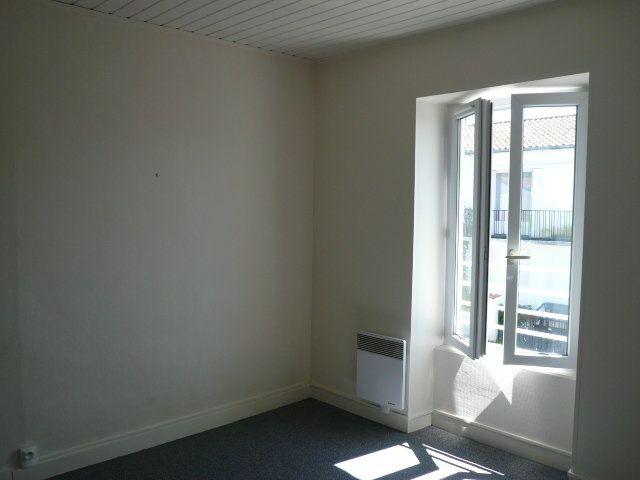 Maison à vendre 3 64.67m2 à La Rochelle vignette-10