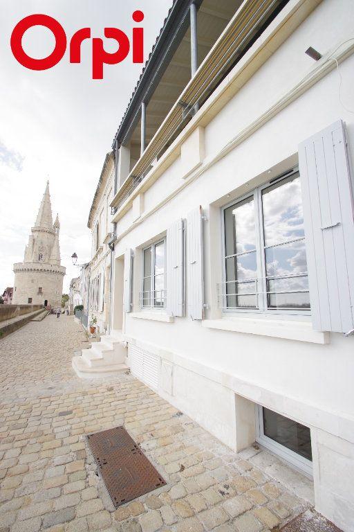 Appartement à vendre 3 72m2 à La Rochelle vignette-2