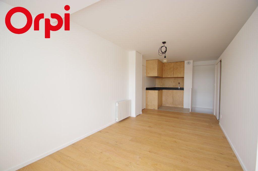 Appartement à vendre 3 72m2 à La Rochelle vignette-5