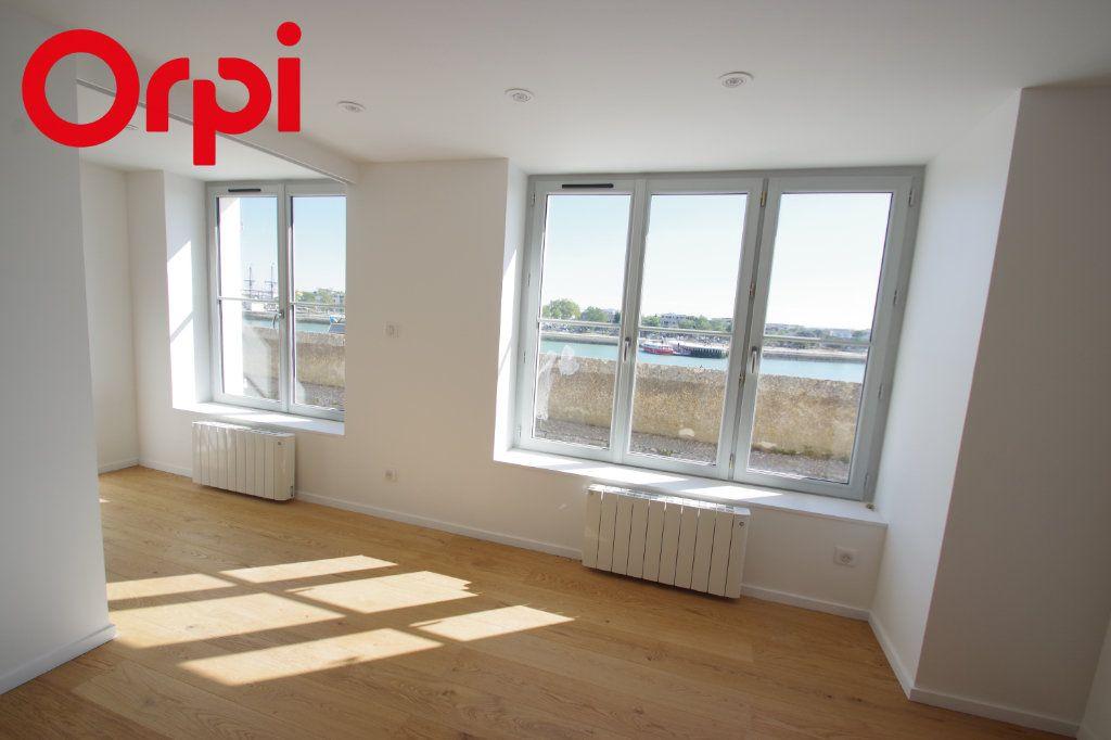 Appartement à vendre 3 72m2 à La Rochelle vignette-7