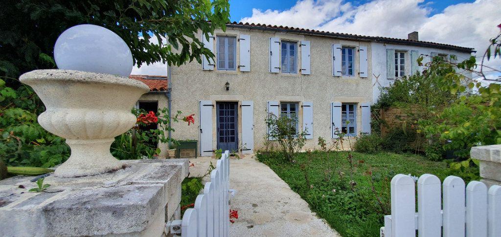Maison à vendre 9 270m2 à Vérines vignette-2
