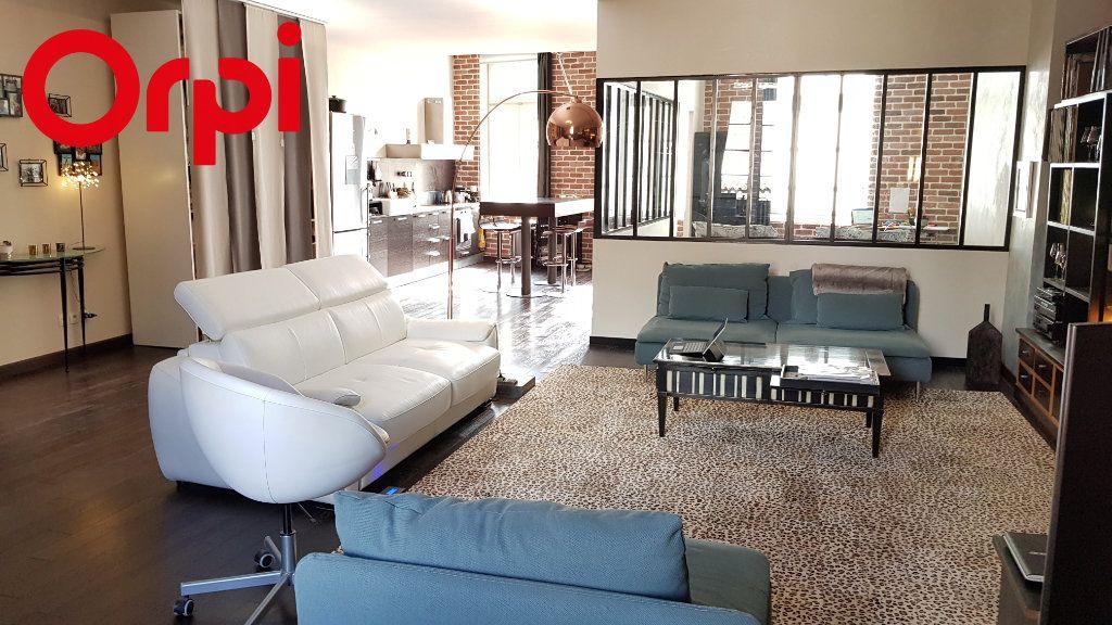 Appartement à vendre 2 92.54m2 à La Rochelle vignette-5