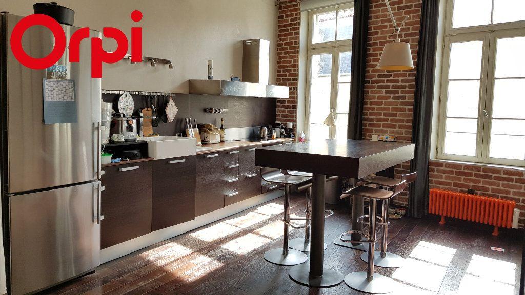 Appartement à vendre 2 92.54m2 à La Rochelle vignette-7