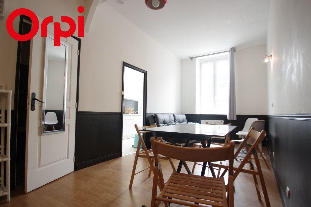 Appartement à vendre 2 37.85m2 à La Rochelle vignette-2