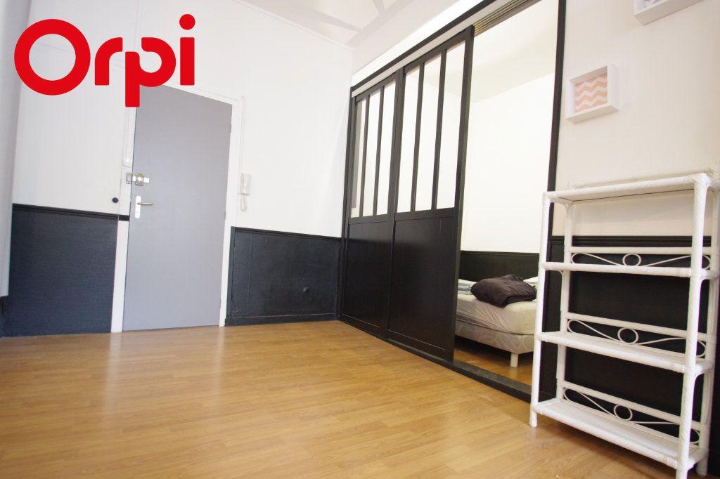 Appartement à vendre 2 37.85m2 à La Rochelle vignette-3