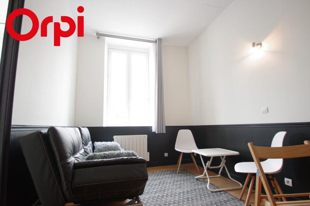 Appartement à vendre 2 37.85m2 à La Rochelle vignette-4