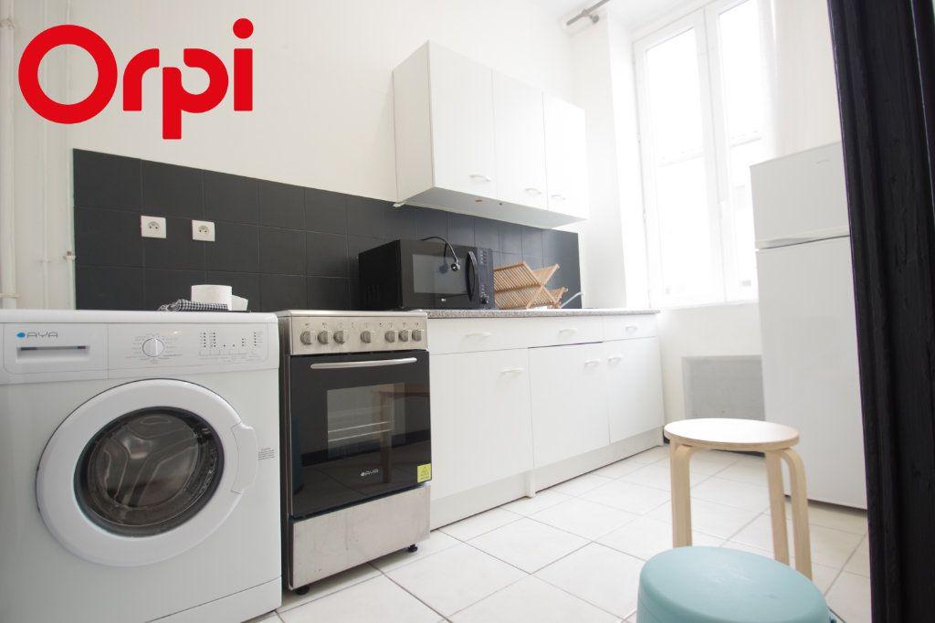 Appartement à vendre 2 37.85m2 à La Rochelle vignette-5