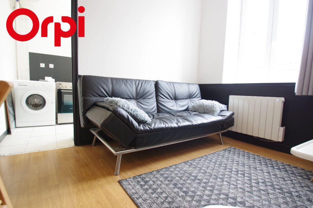 Appartement à vendre 2 37.85m2 à La Rochelle vignette-6