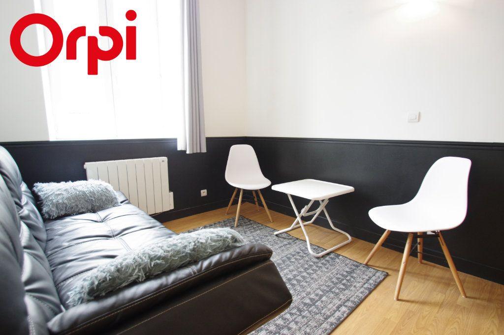 Appartement à vendre 2 37.85m2 à La Rochelle vignette-7