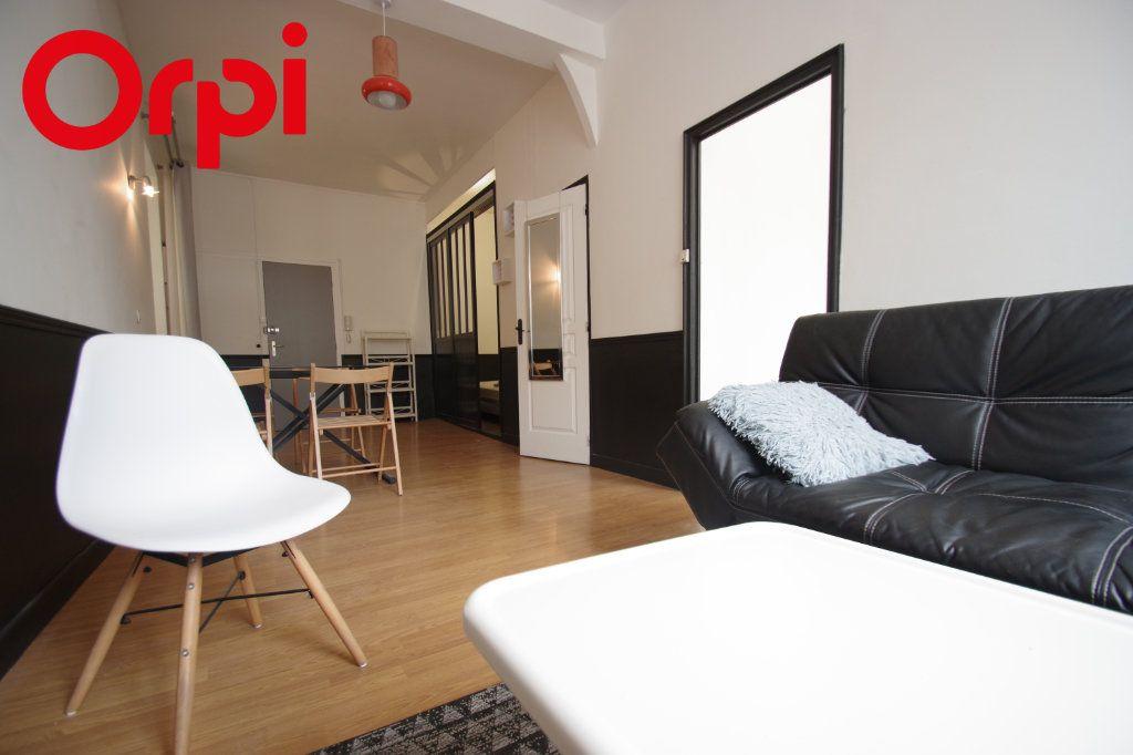Appartement à vendre 2 37.85m2 à La Rochelle vignette-10