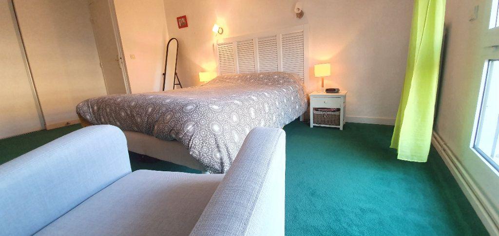 Appartement à vendre 3 63m2 à La Rochelle vignette-12