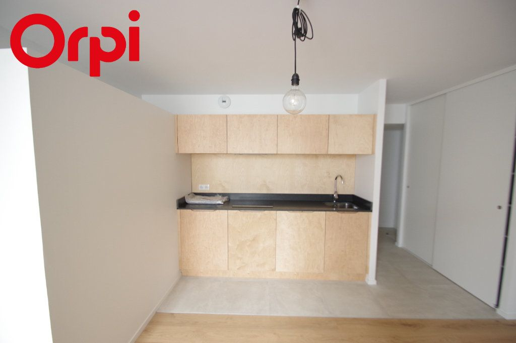Appartement à vendre 2 42m2 à La Rochelle vignette-5