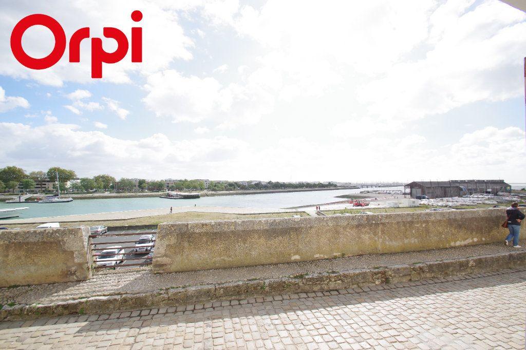 Appartement à vendre 1 50m2 à La Rochelle vignette-3