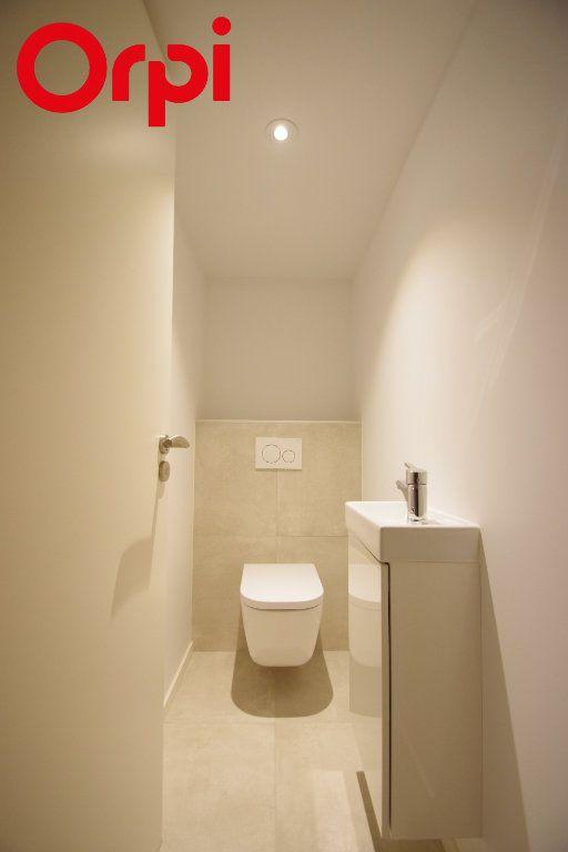 Appartement à vendre 1 50m2 à La Rochelle vignette-8