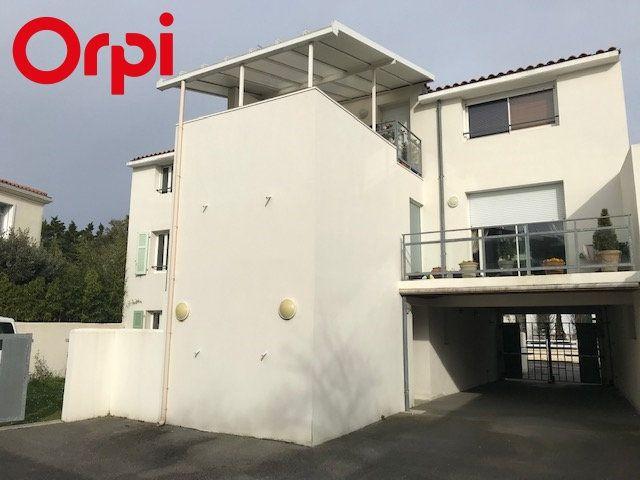 Appartement à vendre 2 52m2 à La Rochelle vignette-4