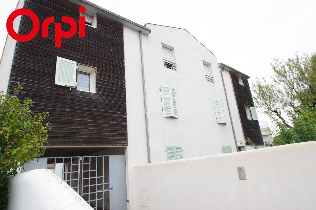 Appartement à vendre 2 52m2 à La Rochelle vignette-6