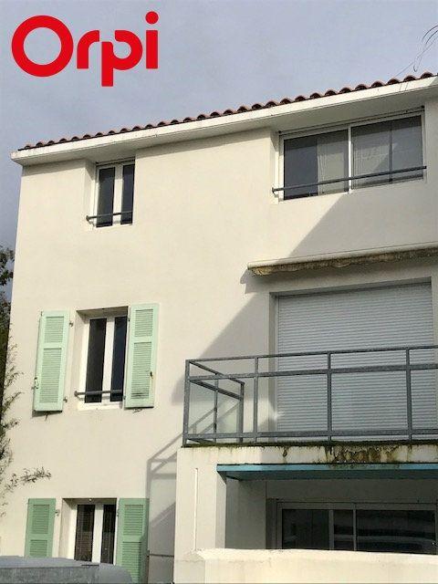 Appartement à vendre 2 52m2 à La Rochelle vignette-7