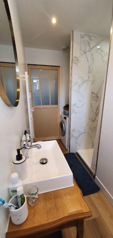 Appartement à vendre 3 53.7m2 à La Rochelle vignette-4
