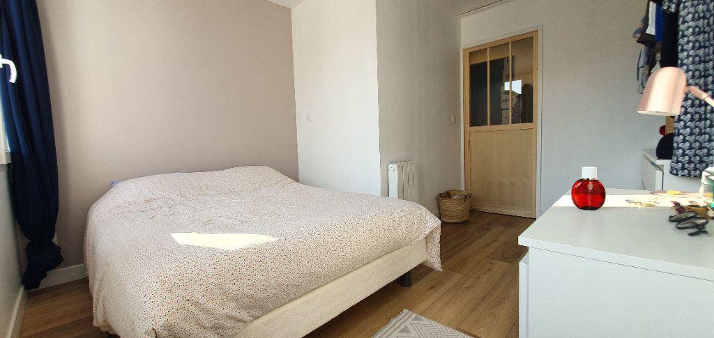 Appartement à vendre 3 53.7m2 à La Rochelle vignette-7